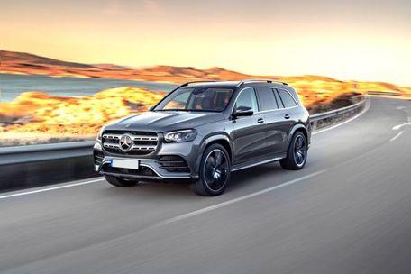Mercedes-Benz GLS 2020 Front Left Side Image