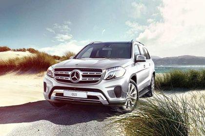Mercedes-Benz GLS 2016-2020 Front Left Side Image