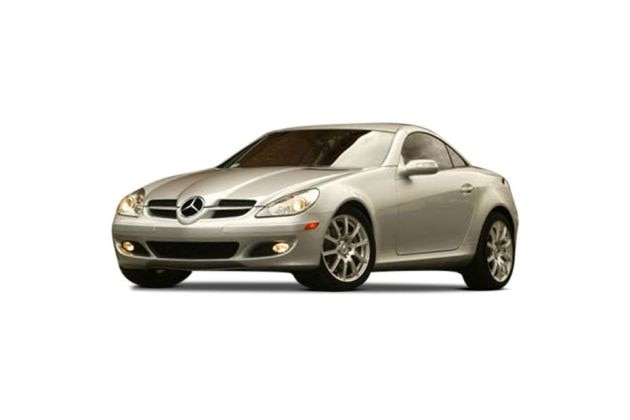 Mercedes-Benz SLK Front Left Side Image