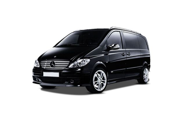 Mercedes-Benz Viano Front Left Side Image