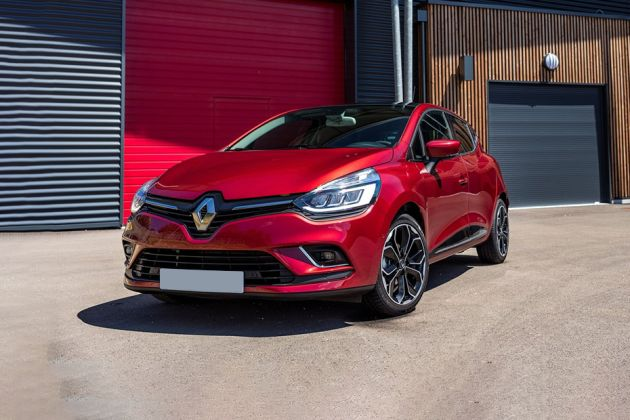 Renault Clio Front Left Side Image