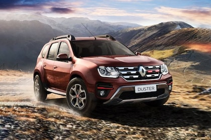 Renault Duster Front Left Side Image