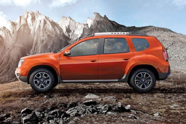 Renault Duster Side View (Left)  Image