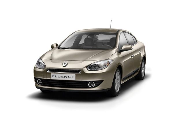 Renault Fluence Front Left Side Image