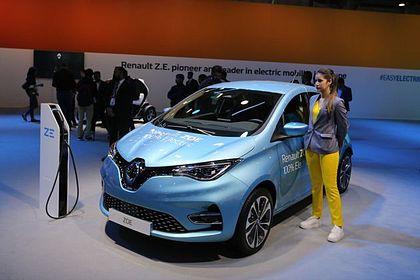 Renault Zoe Front Left Side Image