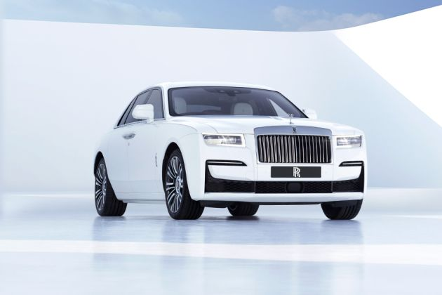 Rolls-Royce Ghost Front Left Side Image