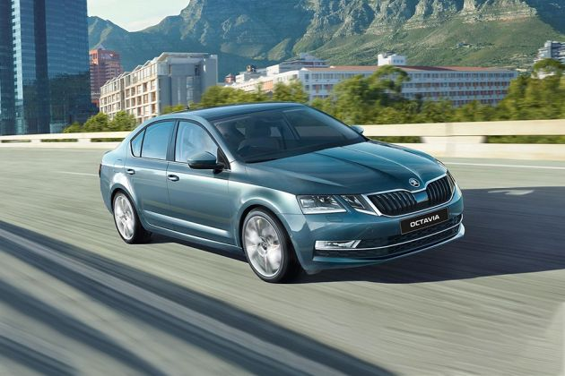 Skoda Octavia Front Left Side Image