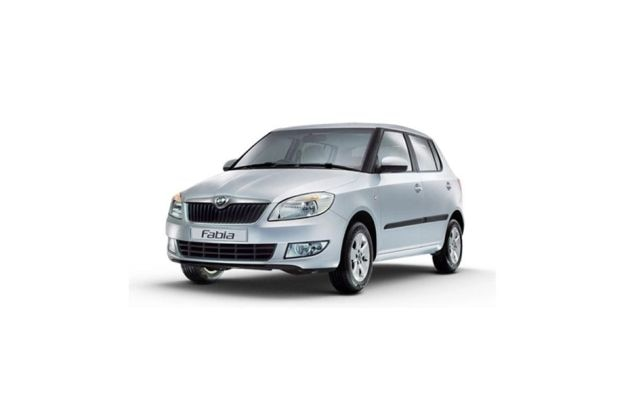Skoda Fabia Front Left Side Image