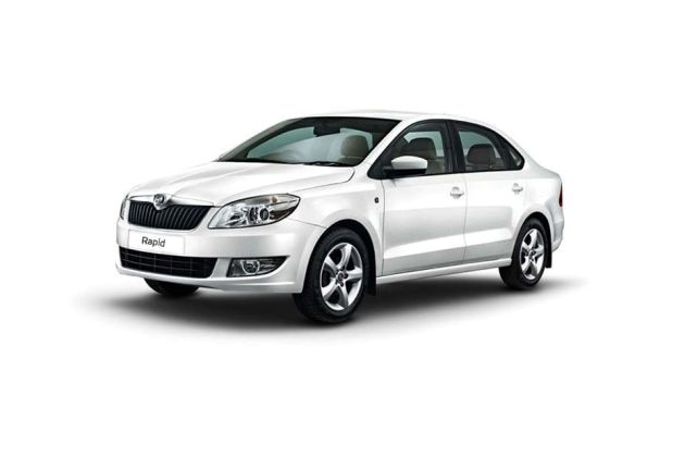 Skoda Rapid 2011-2013 Front Left Side Image