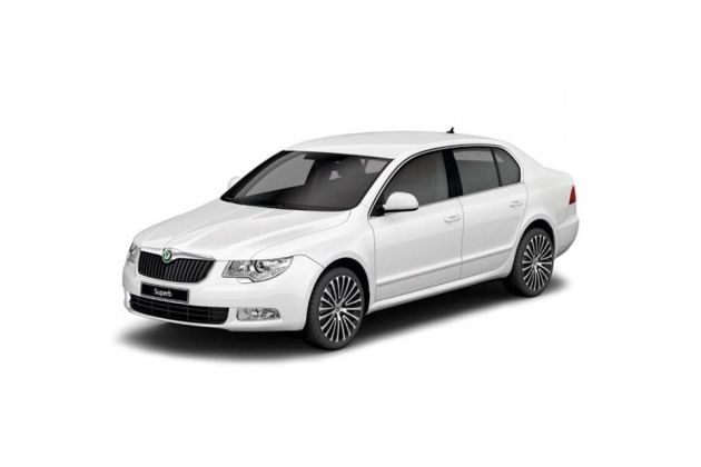 Skoda Superb 2009-2014 Front Left Side Image