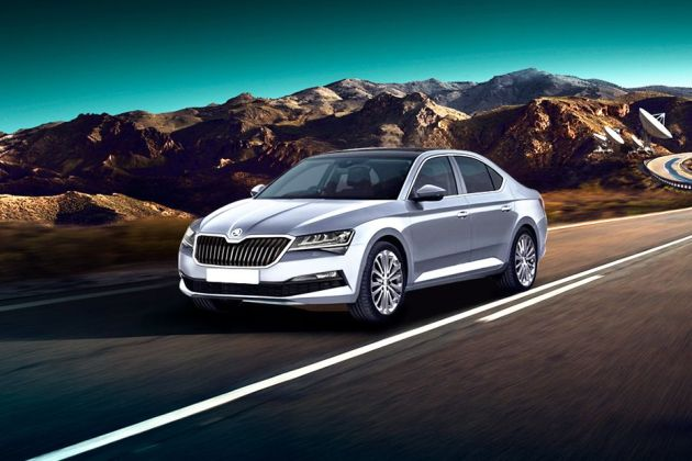 Skoda Superb 2019 Front Left Side Image
