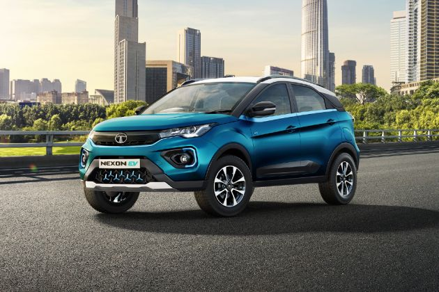 Tata Nexon EV Front Left Side Image