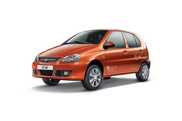 Tata Indica V2 2001-2011 Front Left Side Image