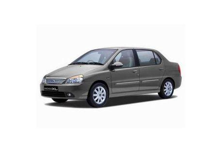 Tata Indigo XL Front Left Side Image