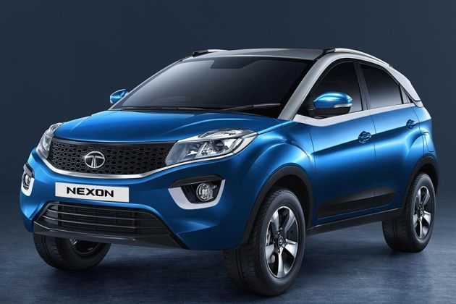 Tata Nexon EV Front Left Side Image