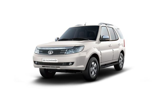 Tata Safari Storme 2012-2015 Front Left Side Image