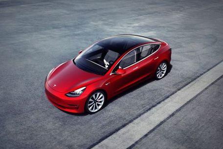 Tesla Model 3 Front Left Side Image