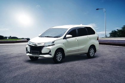 Toyota Avanza Front Left Side Image