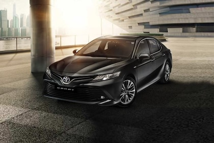 Toyota Camry Front Left Side Image
