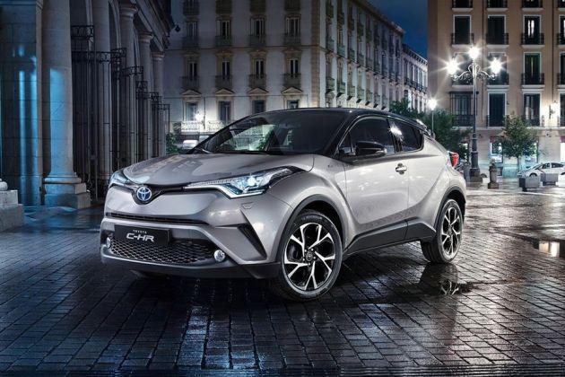 Toyota C-HR Front Left Side Image