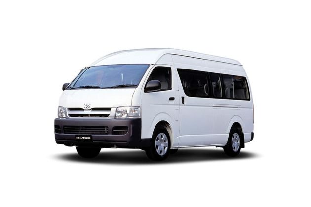 Toyota Commuter Front Left Side Image