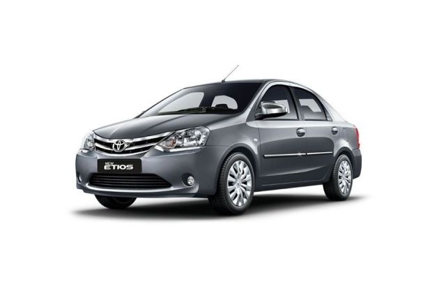 Toyota Etios 2013-2014 Front Left Side Image