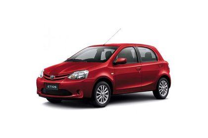 Toyota Etios Liva 2013-2014 Front Left Side Image