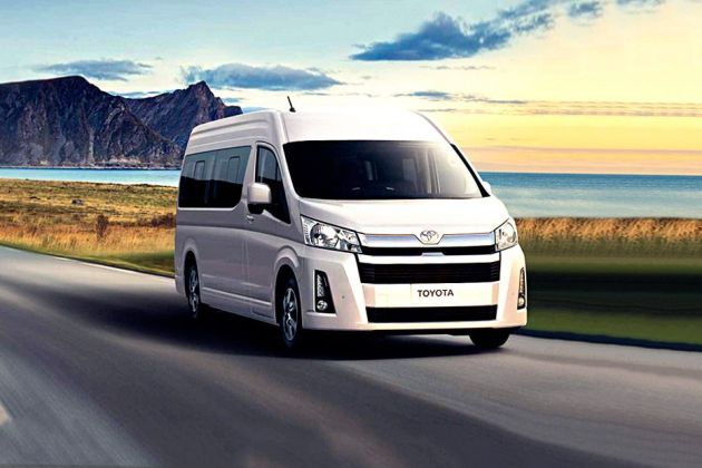 Toyota HiAce Front Left Side Image