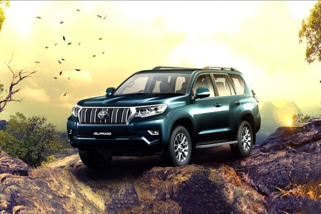 Toyota Land Cruiser Prado Front Left Side Image