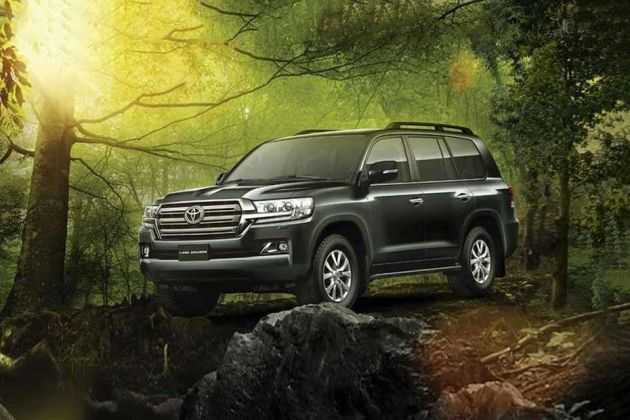 Toyota Land Cruiser Front Left Side Image