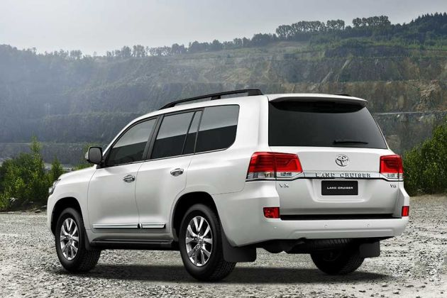 Toyota Land Cruiser Rear Left View Image