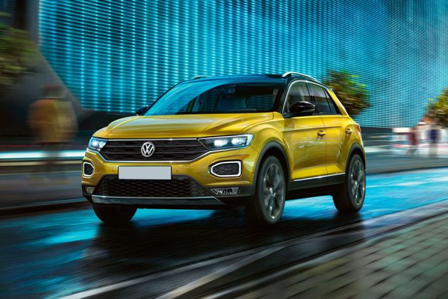 Volkswagen T-Roc Front Left Side Image