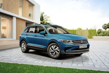 Volkswagen Tiguan 2021 Front Left Side Image