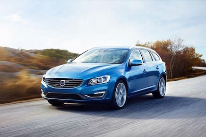 Volvo S60 2015-2020 Front Left Side Image