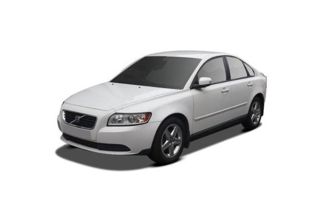 Volvo S40 Front Left Side Image