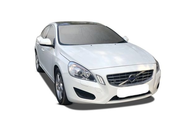 Volvo S60 2006-2012 Front Left Side Image