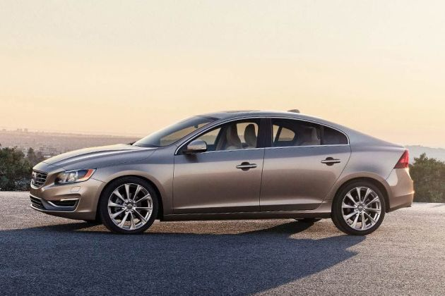Volvo S60 Side View (Left)  Image