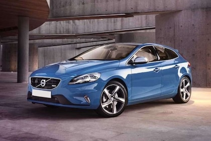 Volvo V40 Front Left Side Image