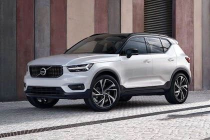 ವೋಲ್ವೋ xc40 front left side image