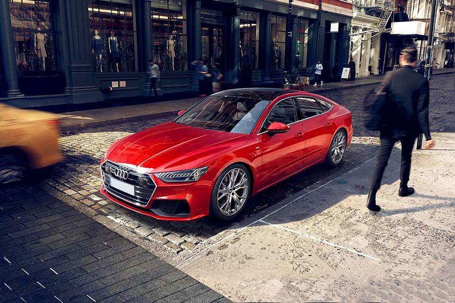 Audi A7 Front Left Side Image