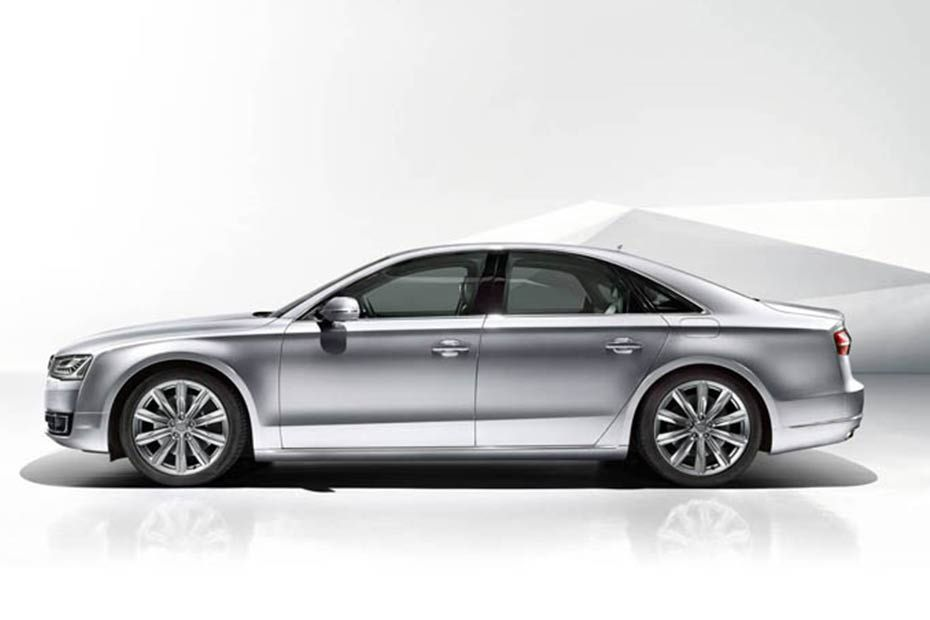Audi A8 2014-2019 Side View (Left)  Image