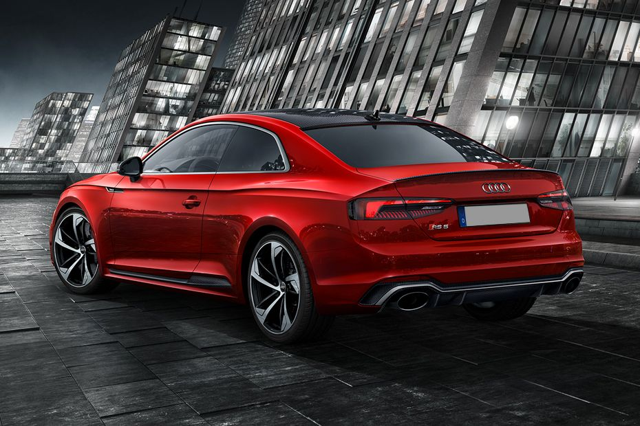 Audi RS5 Rear Left View Image