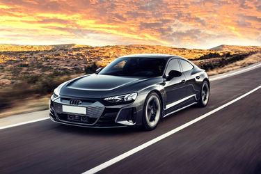 Audi e-tron GT Front Left Side