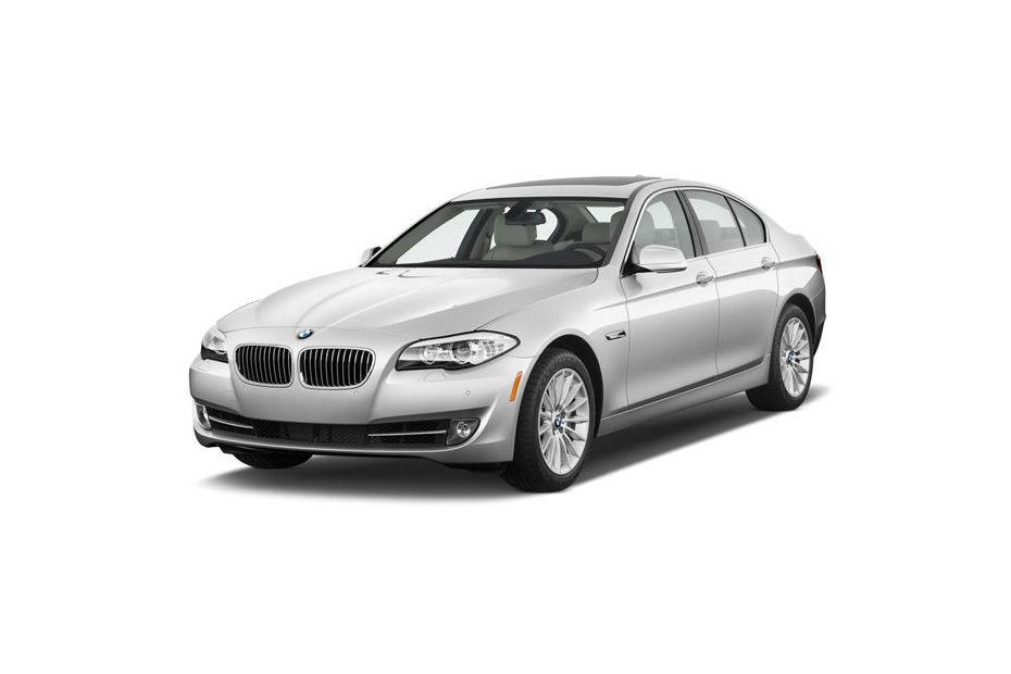 BMW 3 Series 2011-2015 Front Left Side Image