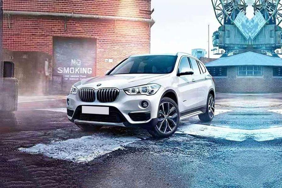 BMW X1 Front Left Side Image