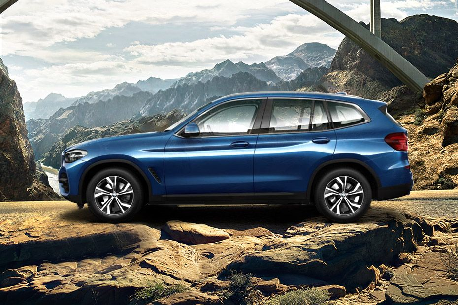 BMW X3 Side View (Left)  Image