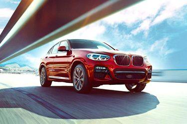 BMW X4 Front Left Side Image