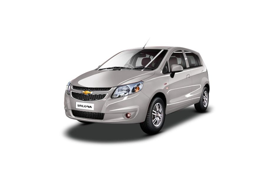 Chevrolet Sail Hatchback 2012-2013 Front Left Side Image