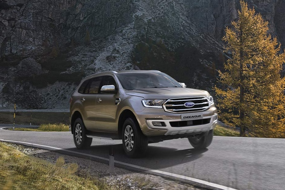 Ford Endeavour Titanium 4x2 At On Road Price Diesel Features Specs Images