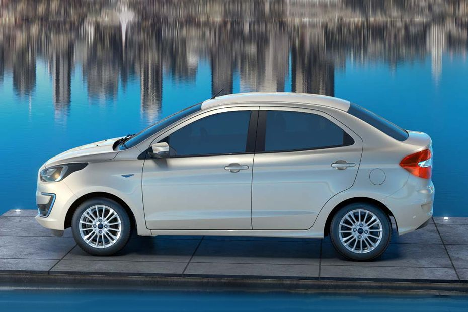Ford Aspire Side Stance